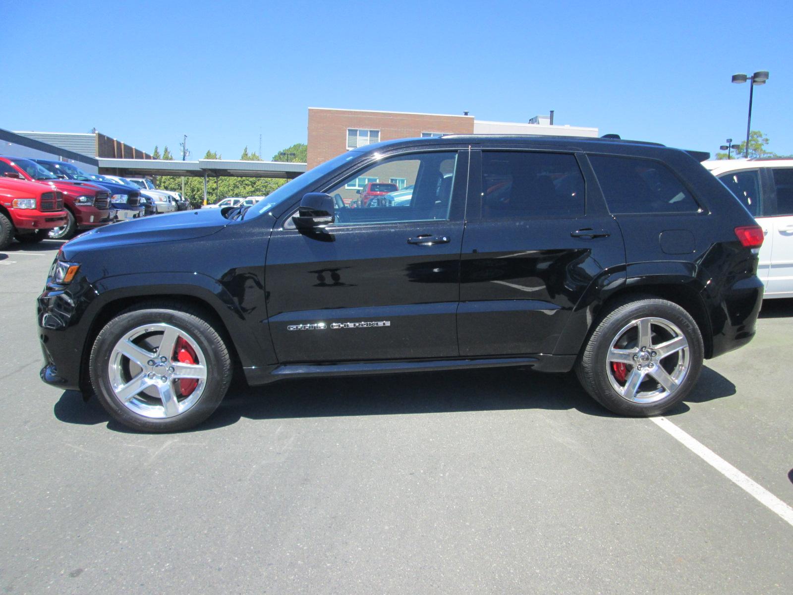 Used 2017 Jeep Grand Cherokee in Victoria,BC