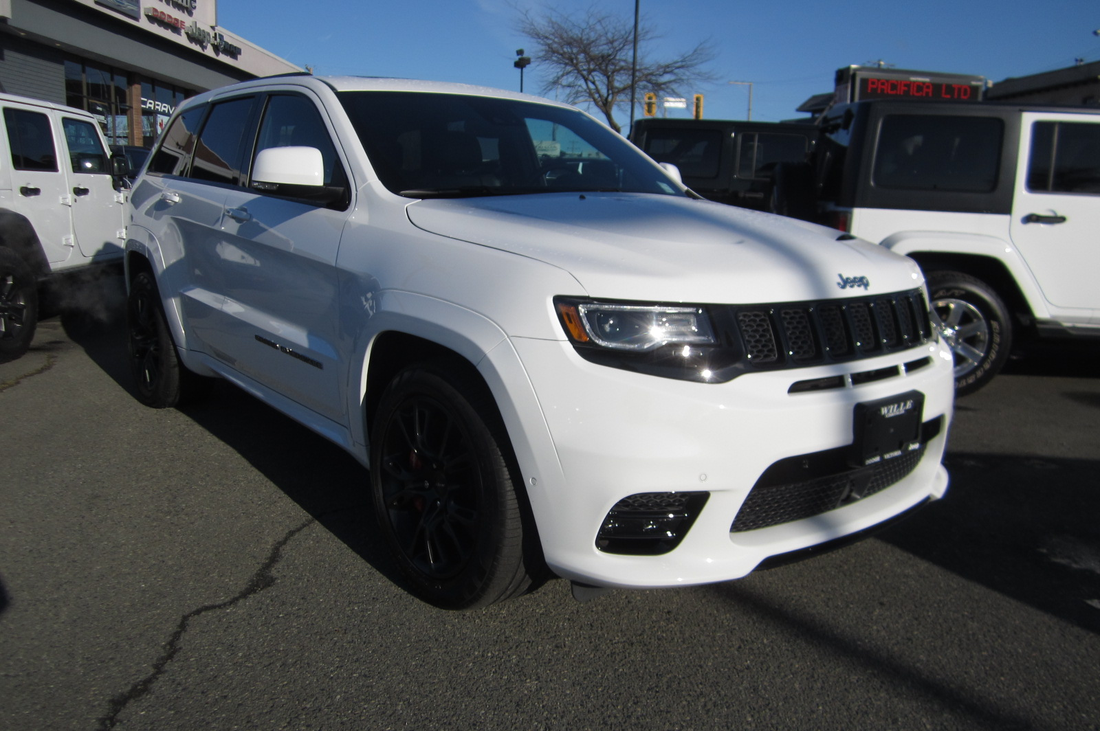 Used 2017 Jeep Grand Cherokee in Victoria,BC