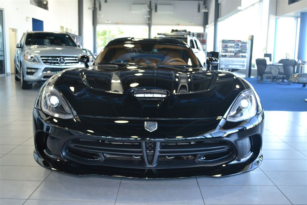 Used 2014 Dodge SRT Viper in Windsor,ON