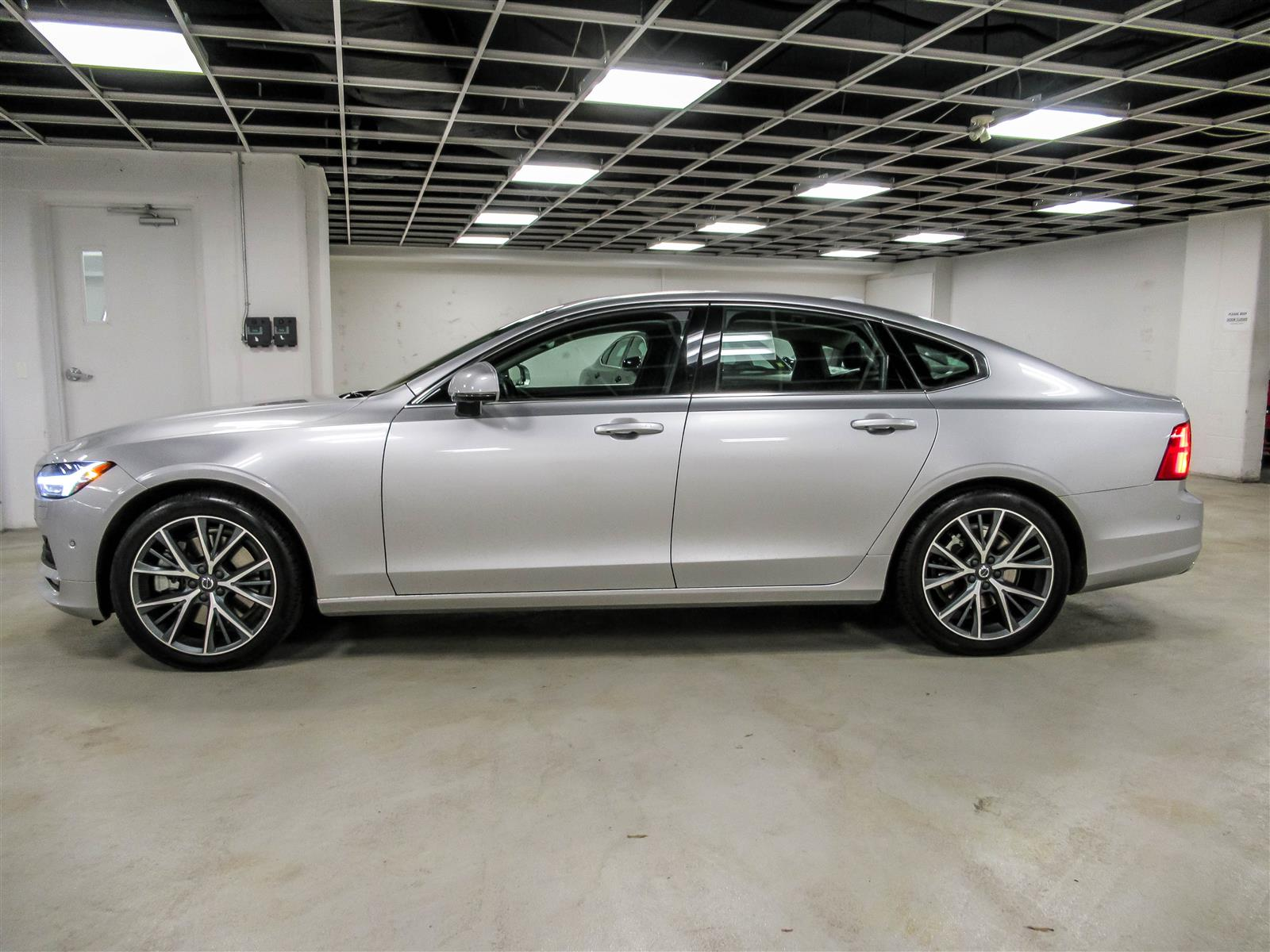 Used 2017 Volvo S90 in Thornhill,ON