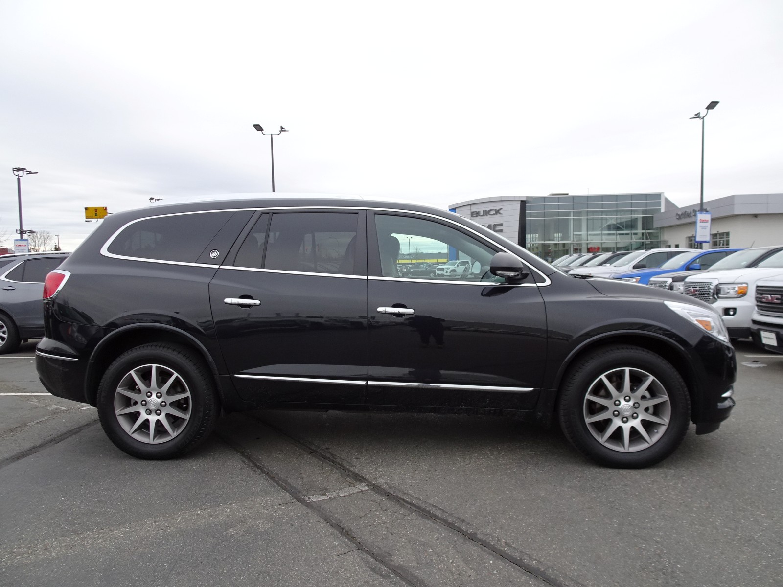 Used 2015 Buick Enclave in Langley,BC