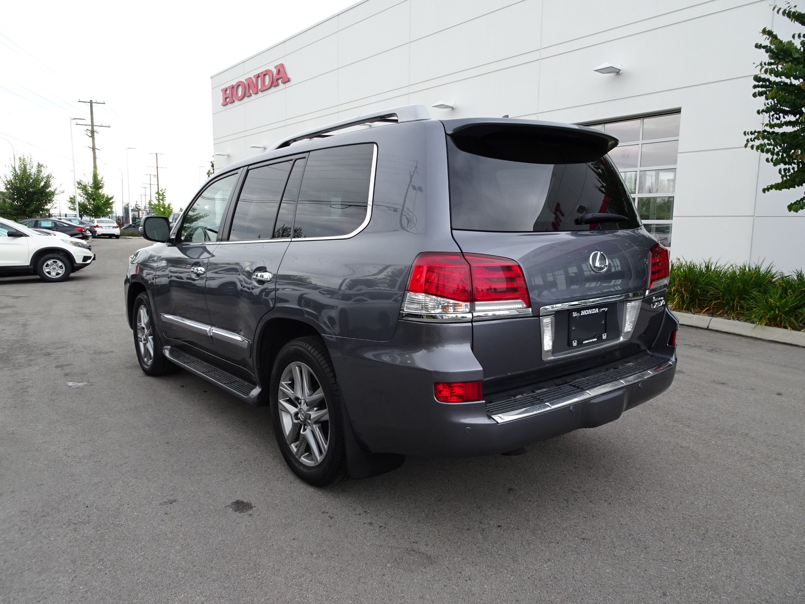 Used 2013 Lexus LX570 in Abbotsford,BC