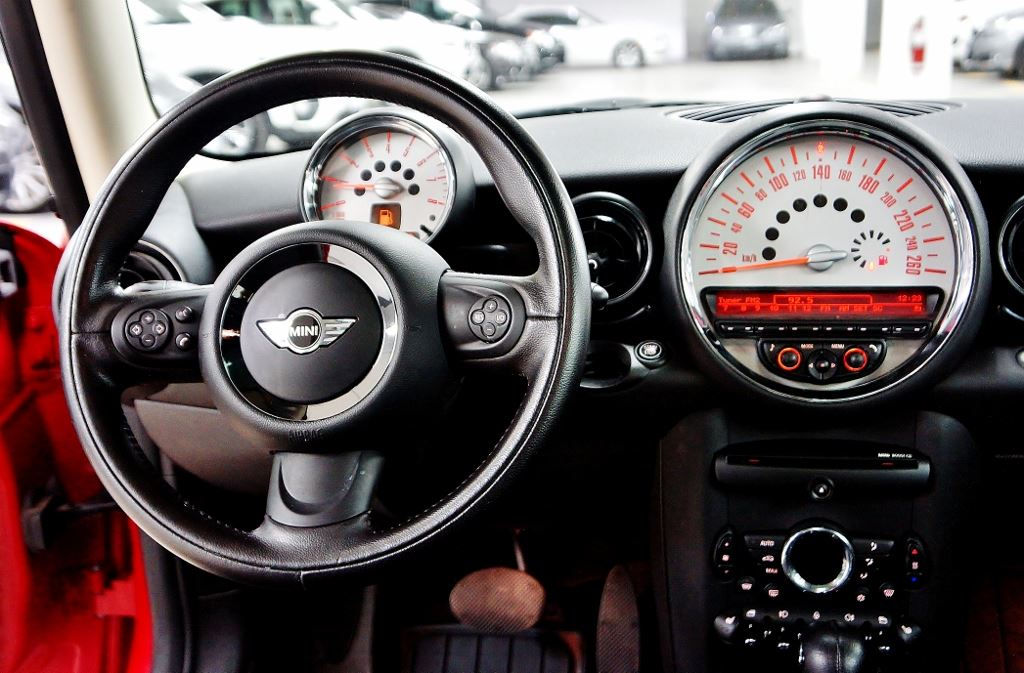Used 2011 Mini Cooper in North York,ON