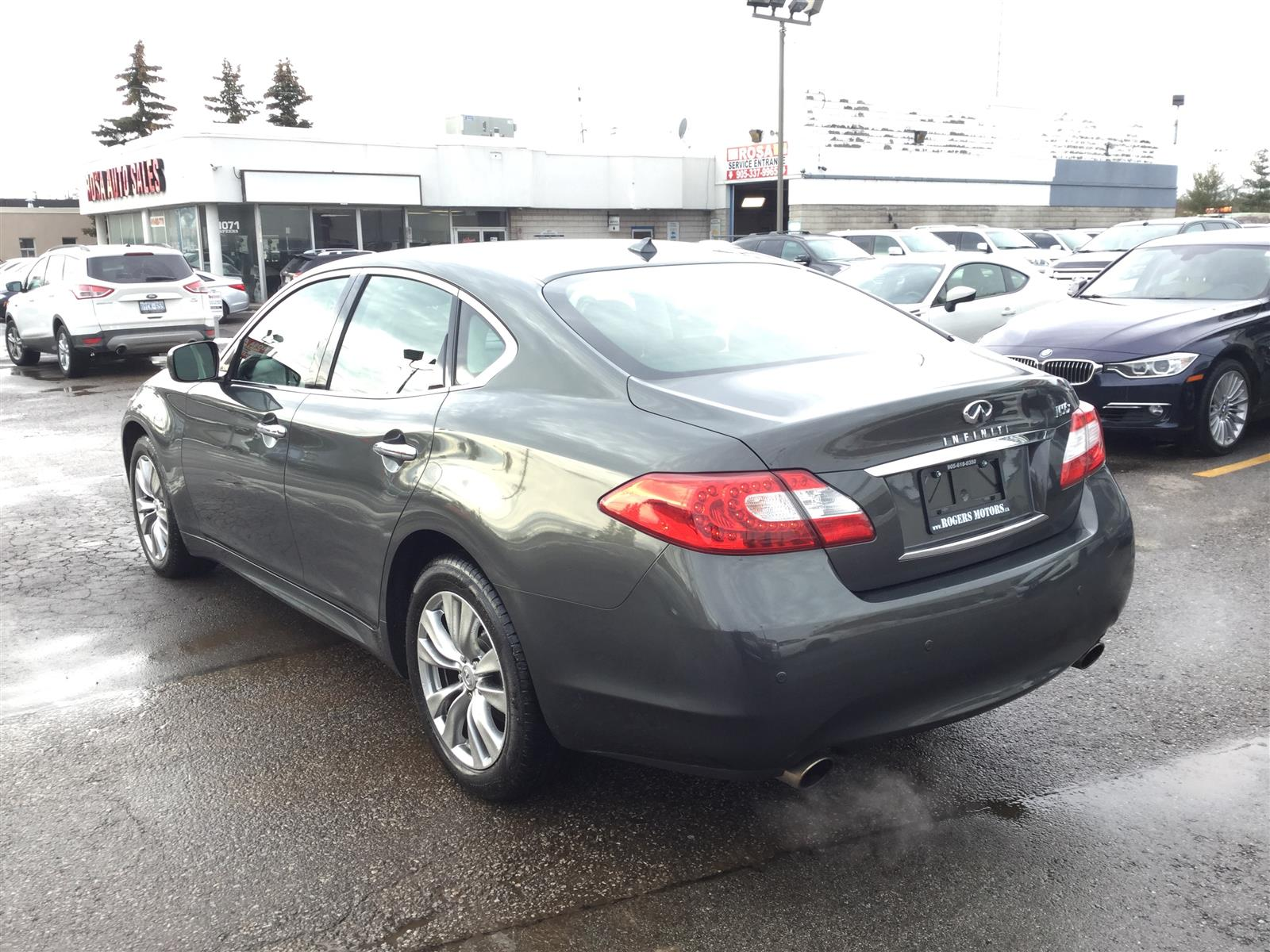 Used 2013 Infiniti M56x in Oakville,ON