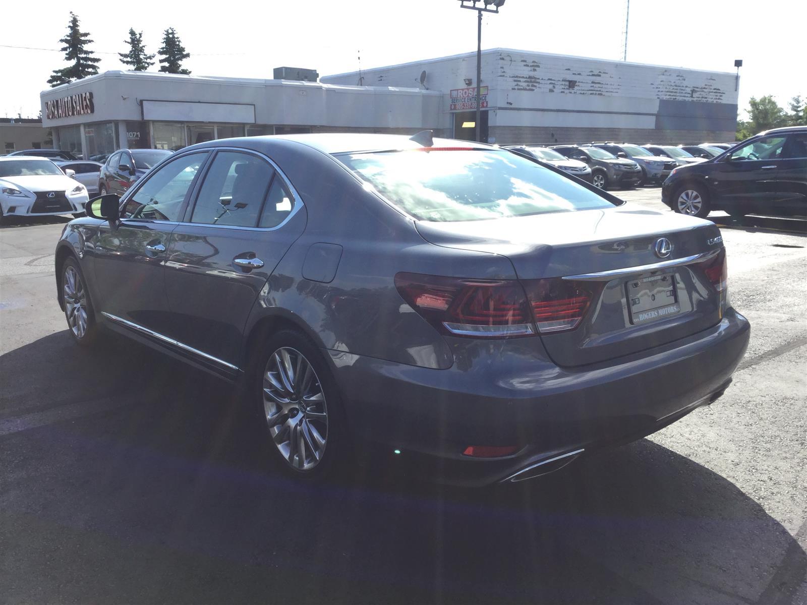 Used 2015 Lexus LS460 in Oakville,ON