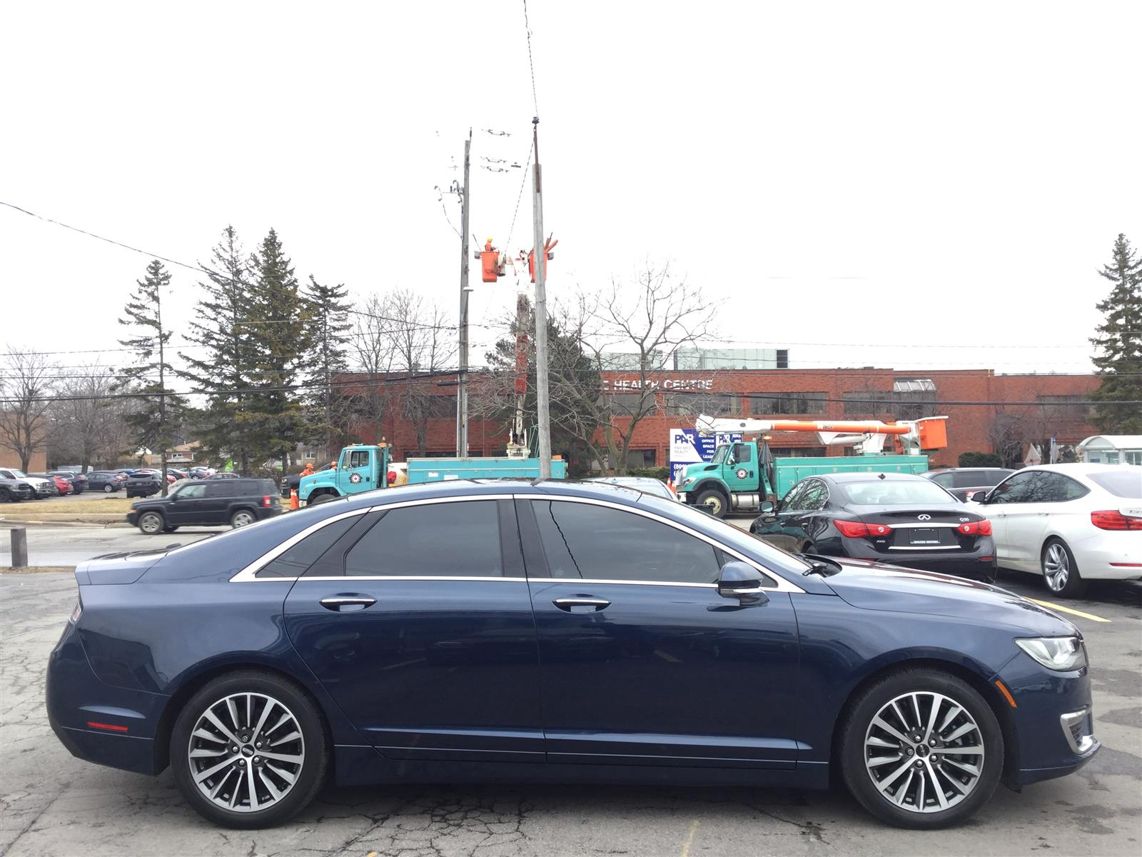 Used 2017 Lincoln MKZ in Oakville,ON