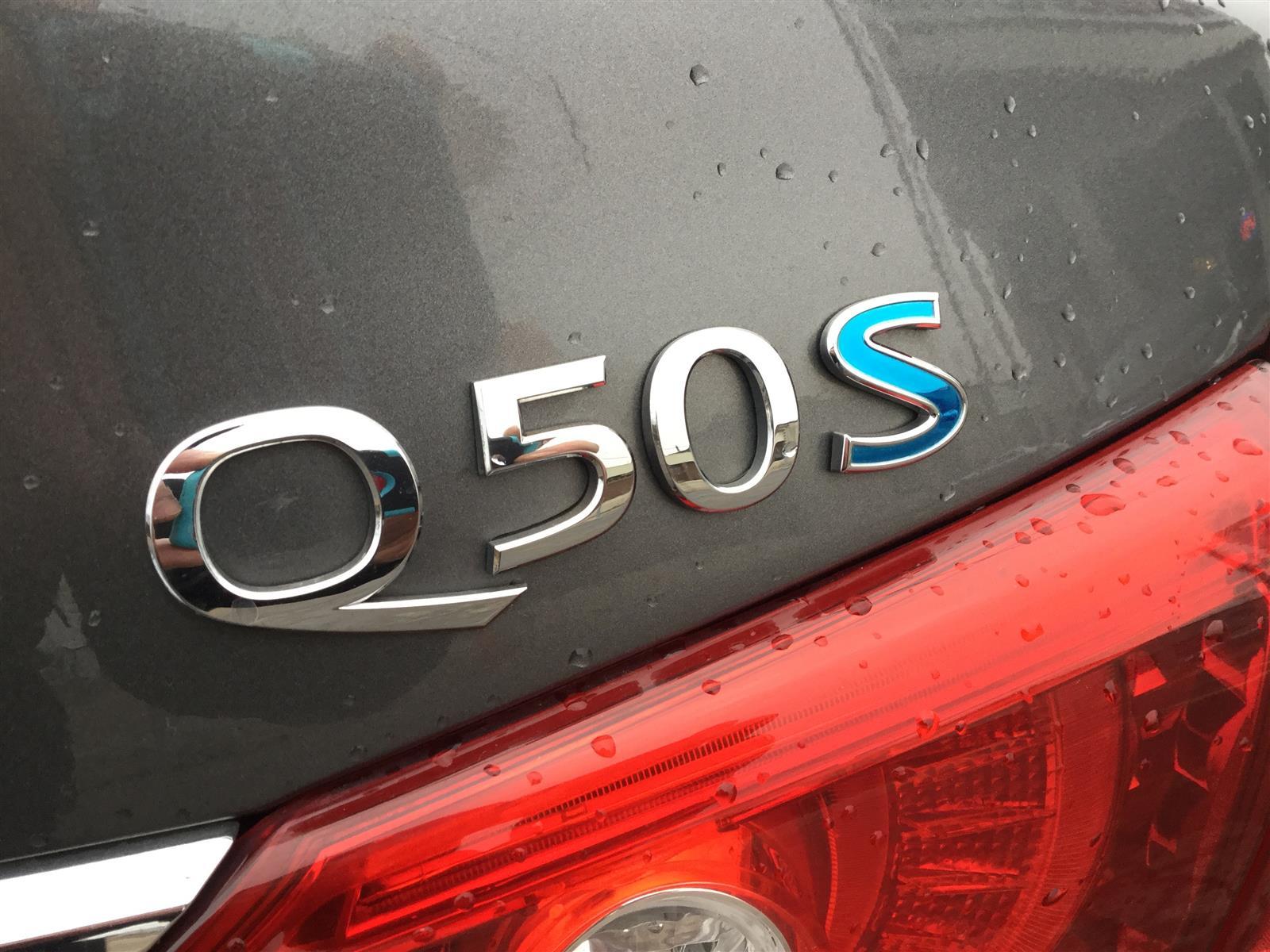 Used 2015 Infiniti Q50 in Oakville,ON