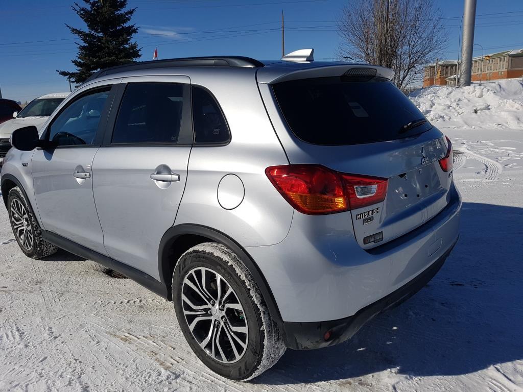 Used 2017 Mitsubishi RVR in Calgary,AB