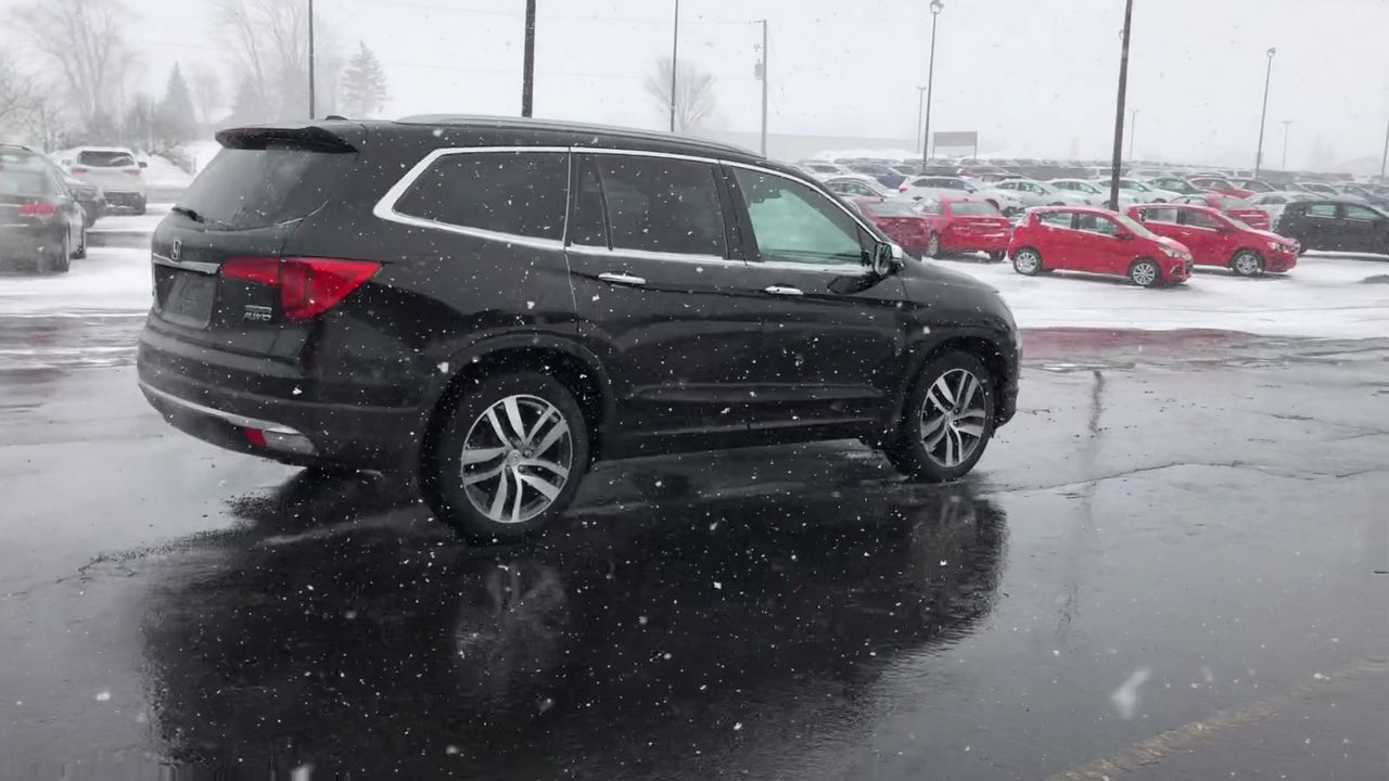 Used 2018 Honda PILOT TOURING 4WD in Cayuga,ON