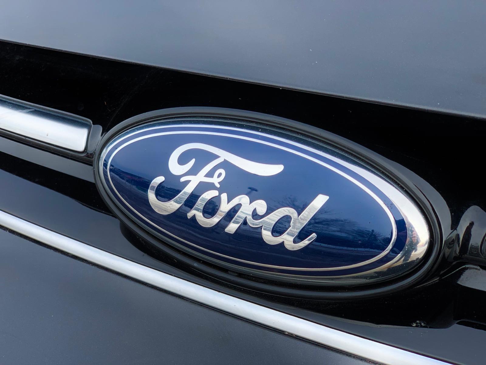 2014 Ford C-MAX SEL Hybrid