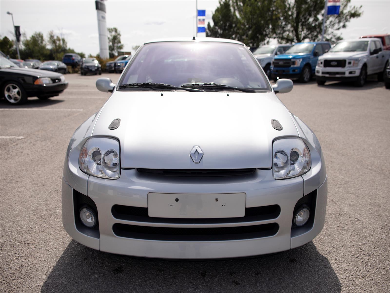 2001 Renault Clio Sport V6