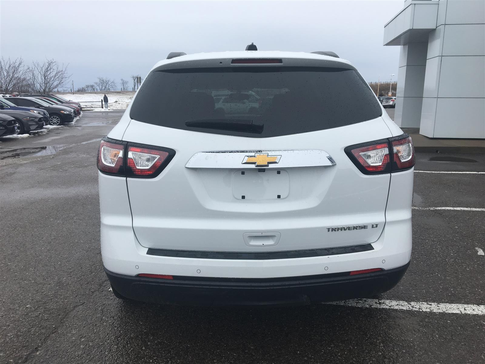2016 Chevrolet Traverse 1LT 2WD