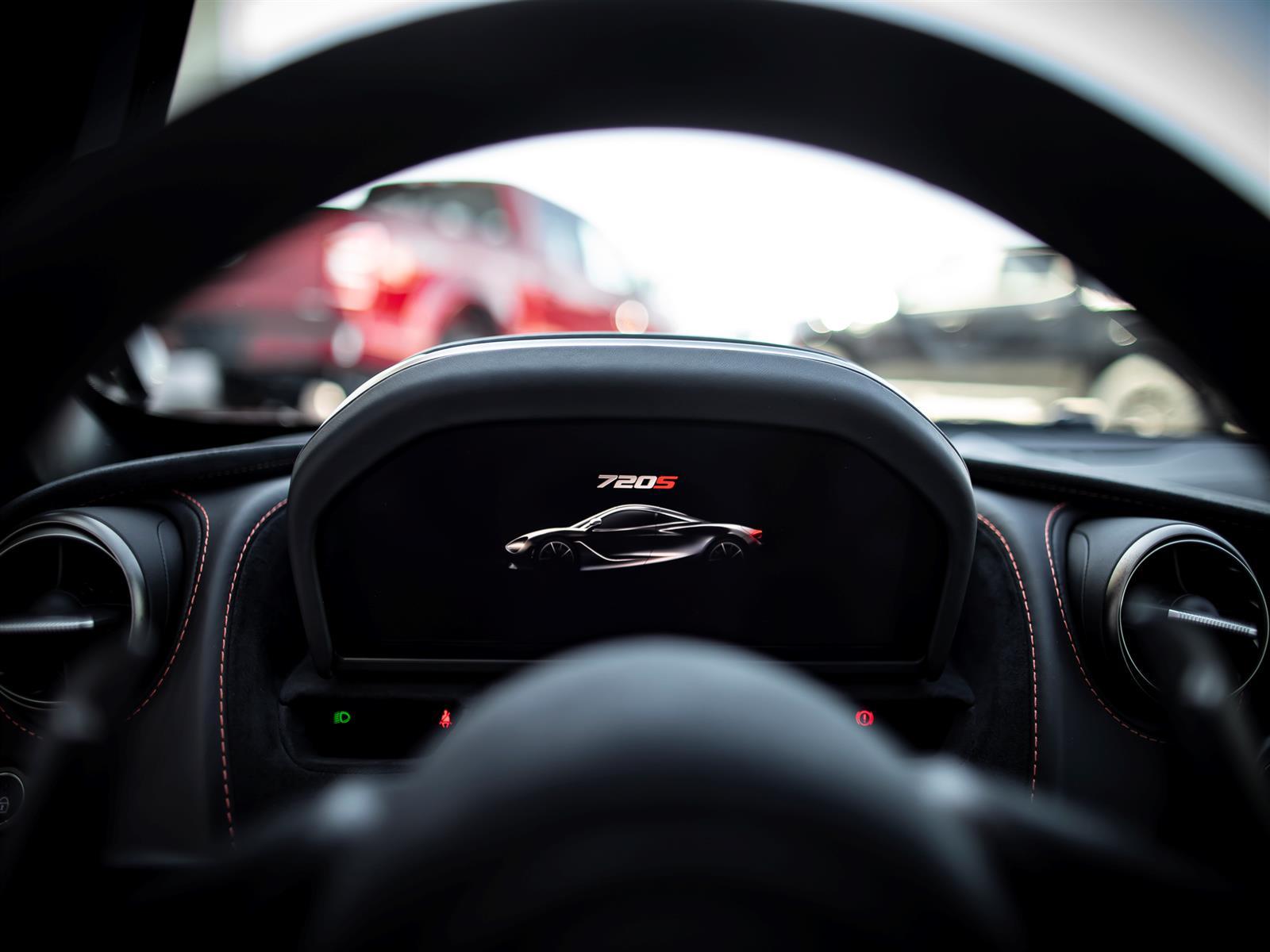 2019 McLaren 720S Luxury