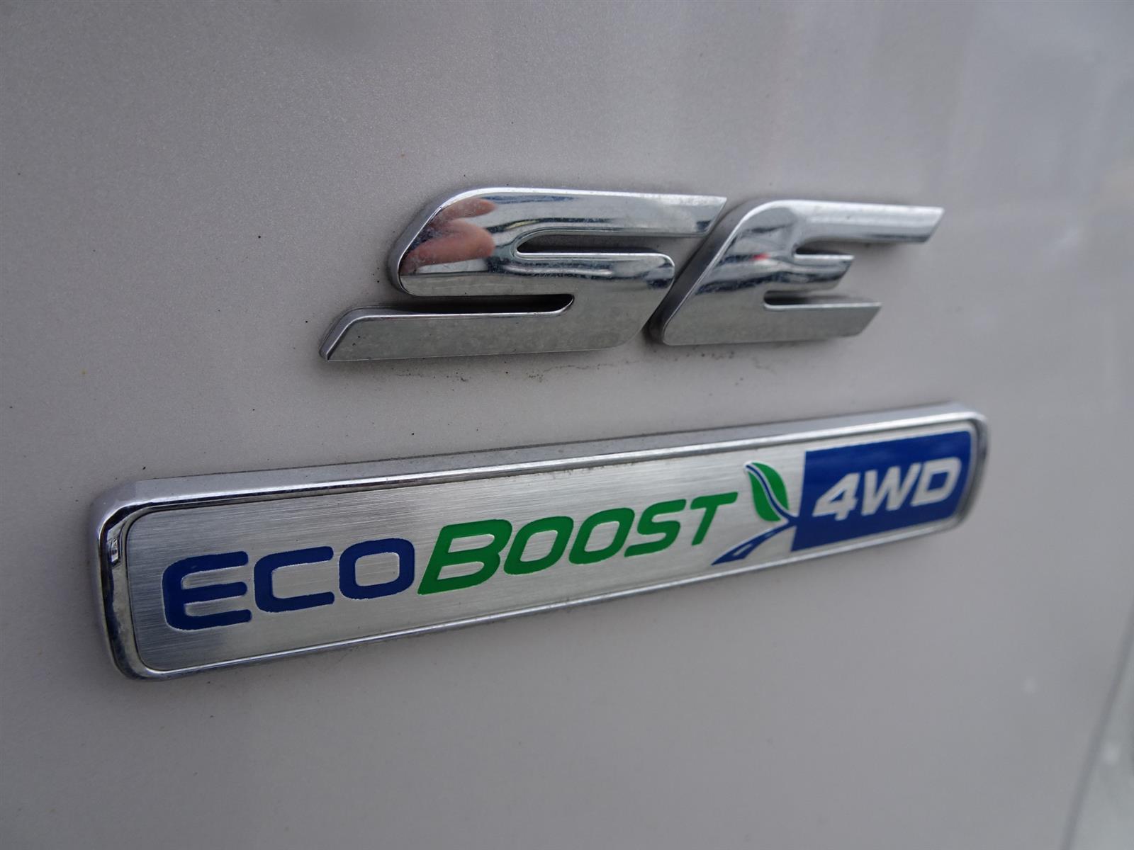2014 Ford ESCAPE ESCAPE SE