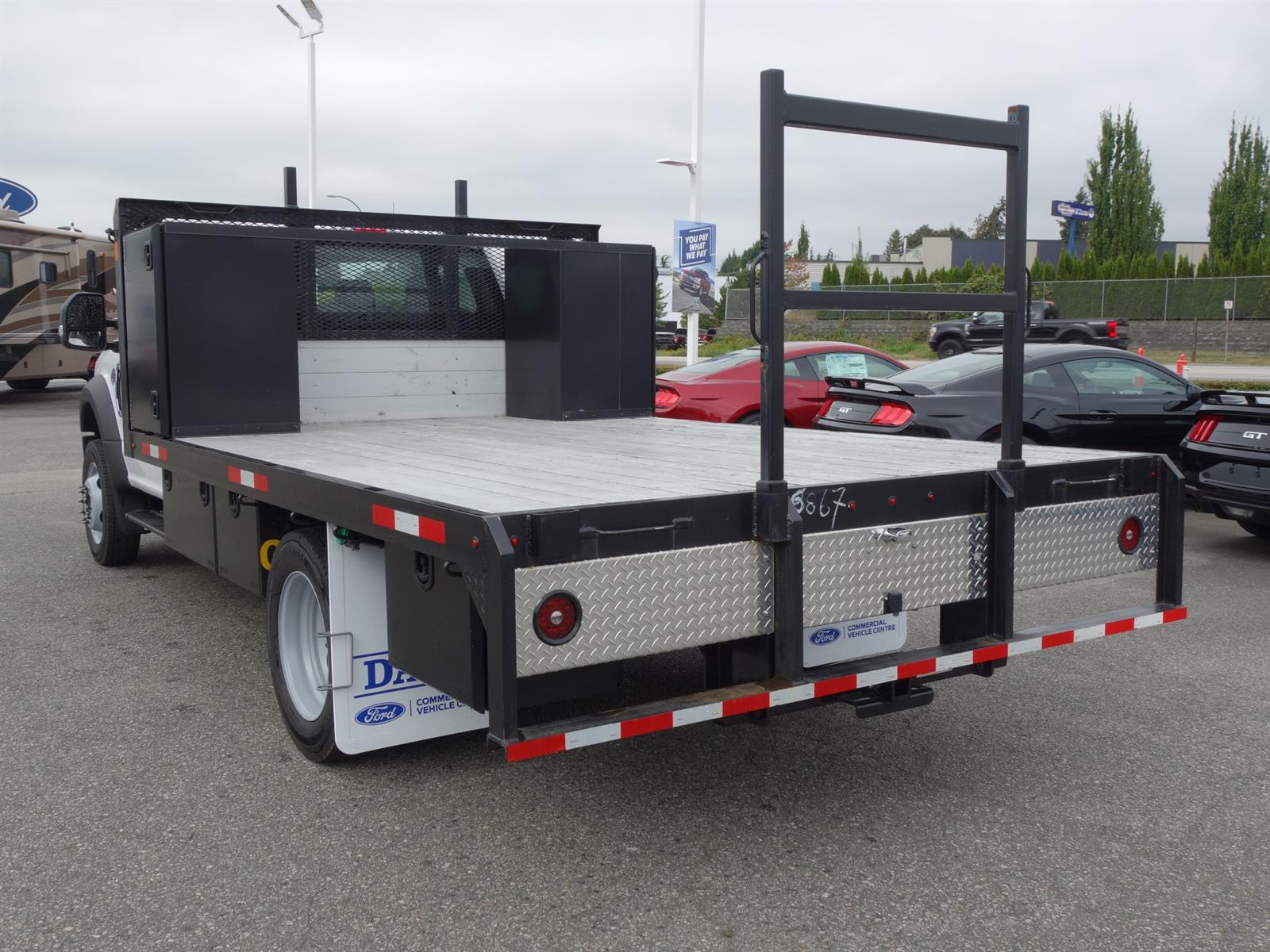 2020 Ford Chassis Cab F-550 XL