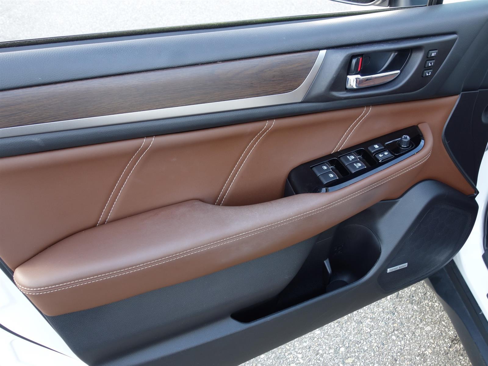 2017 Subaru OUTBACK 3.6R PREMIER W/TECH PKG