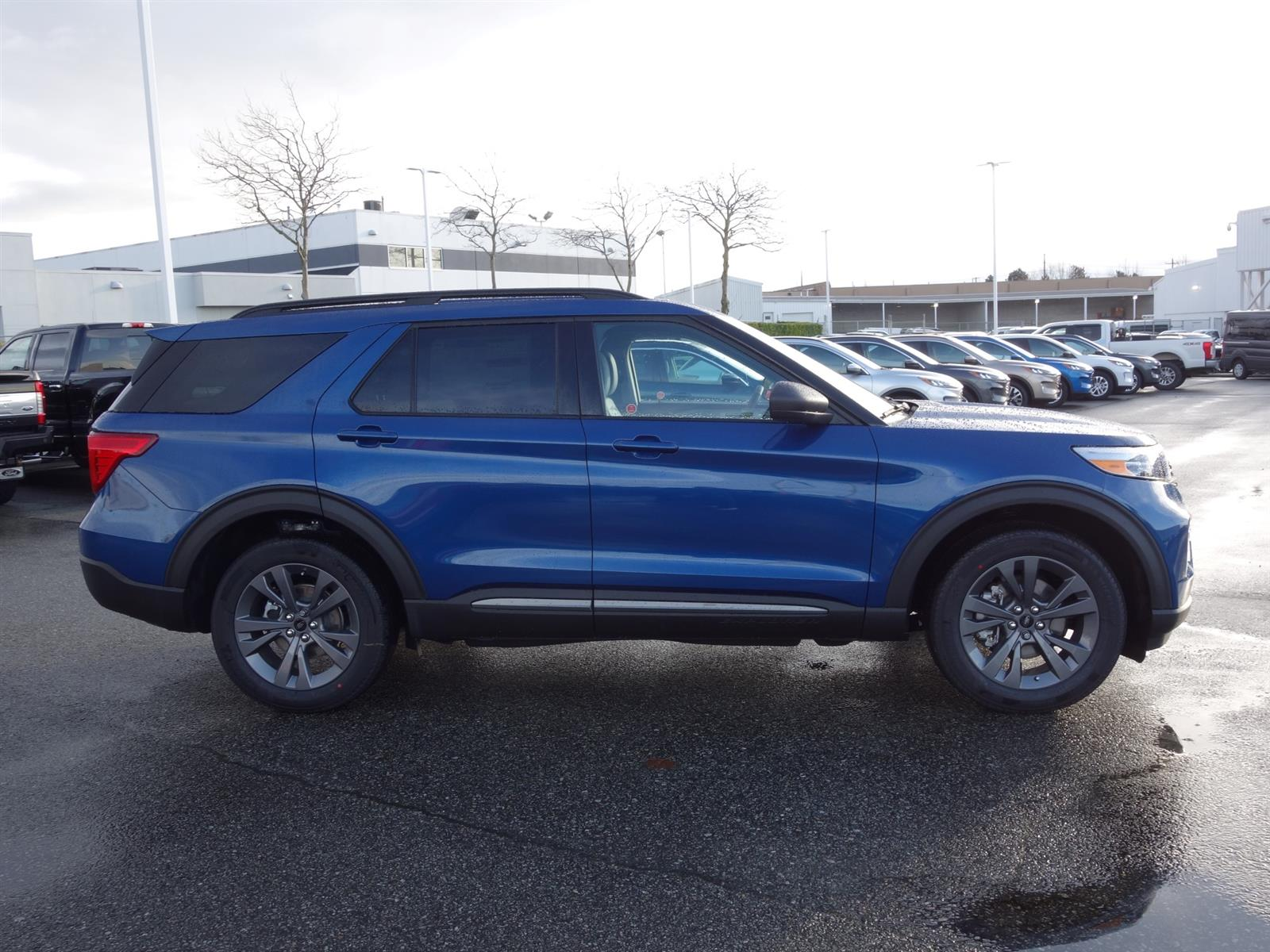 2021 ford explorer xlt atlas blue, 2.3l ecoboost® engine