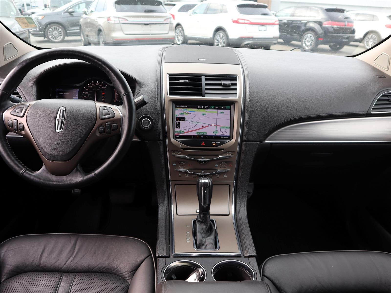2013 Lincoln MKX BASE