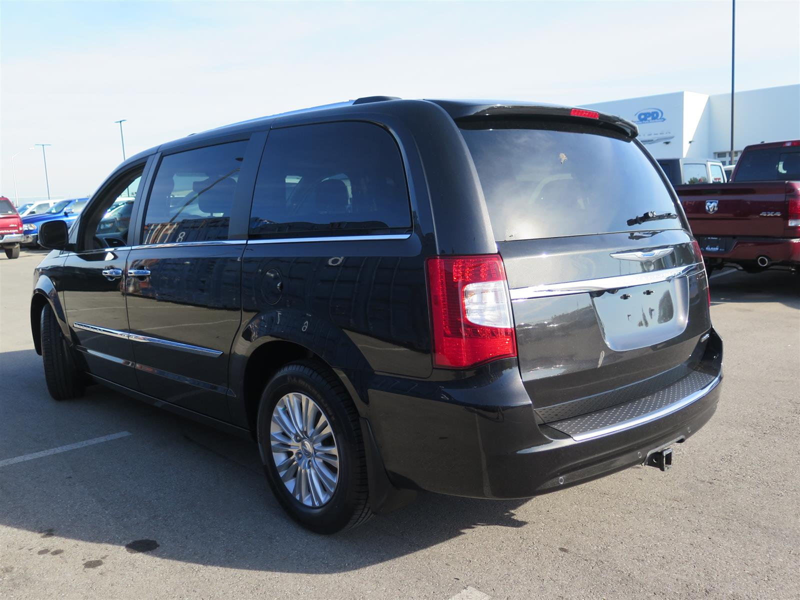 2015 chrysler town and country new 30233. Black Bedroom Furniture Sets. Home Design Ideas