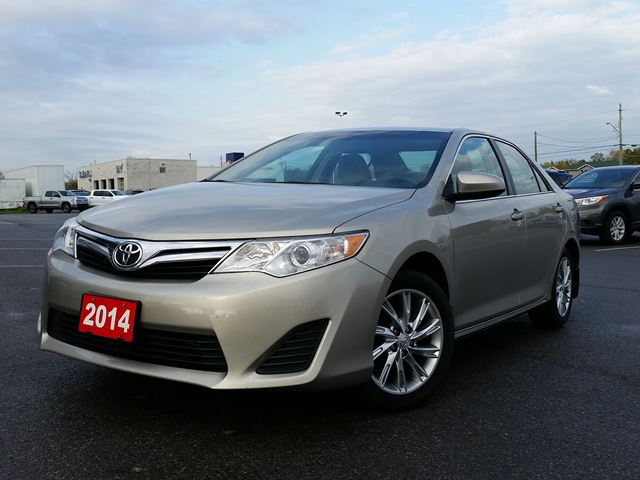 2014 Toyota Camry LE P3254