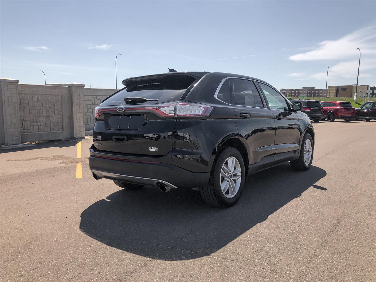 2017 Ford Edge SEL   2.0L ECOBOOST   AWD   VOICE-ACTIVATED NAV   HEATED-STEERIN