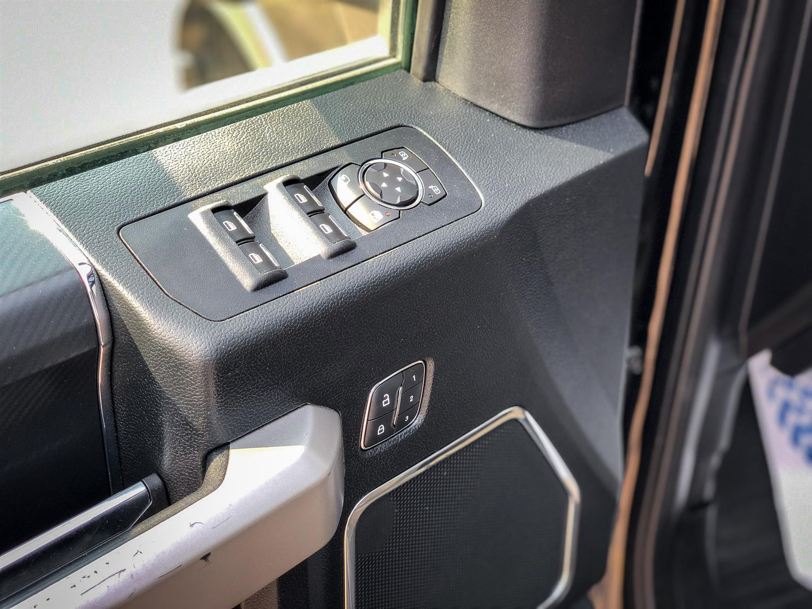 2019 Ford F-150 LARIAT | 3.5L V6 ECOBOOST | 4X4 | HEATED STEERING | NAVIGATION