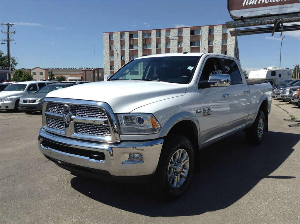 Used 2014 Dodge Ram 2500 Pickup in Edmonton,AB