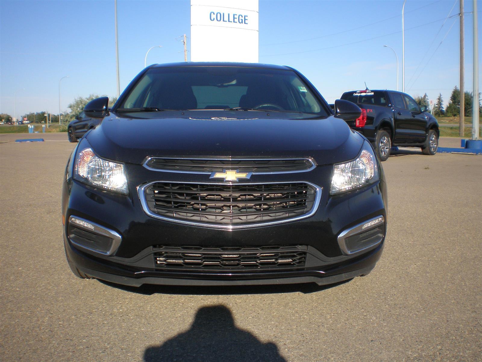2015 Chevrolet Cruze 1LT! One Owner!