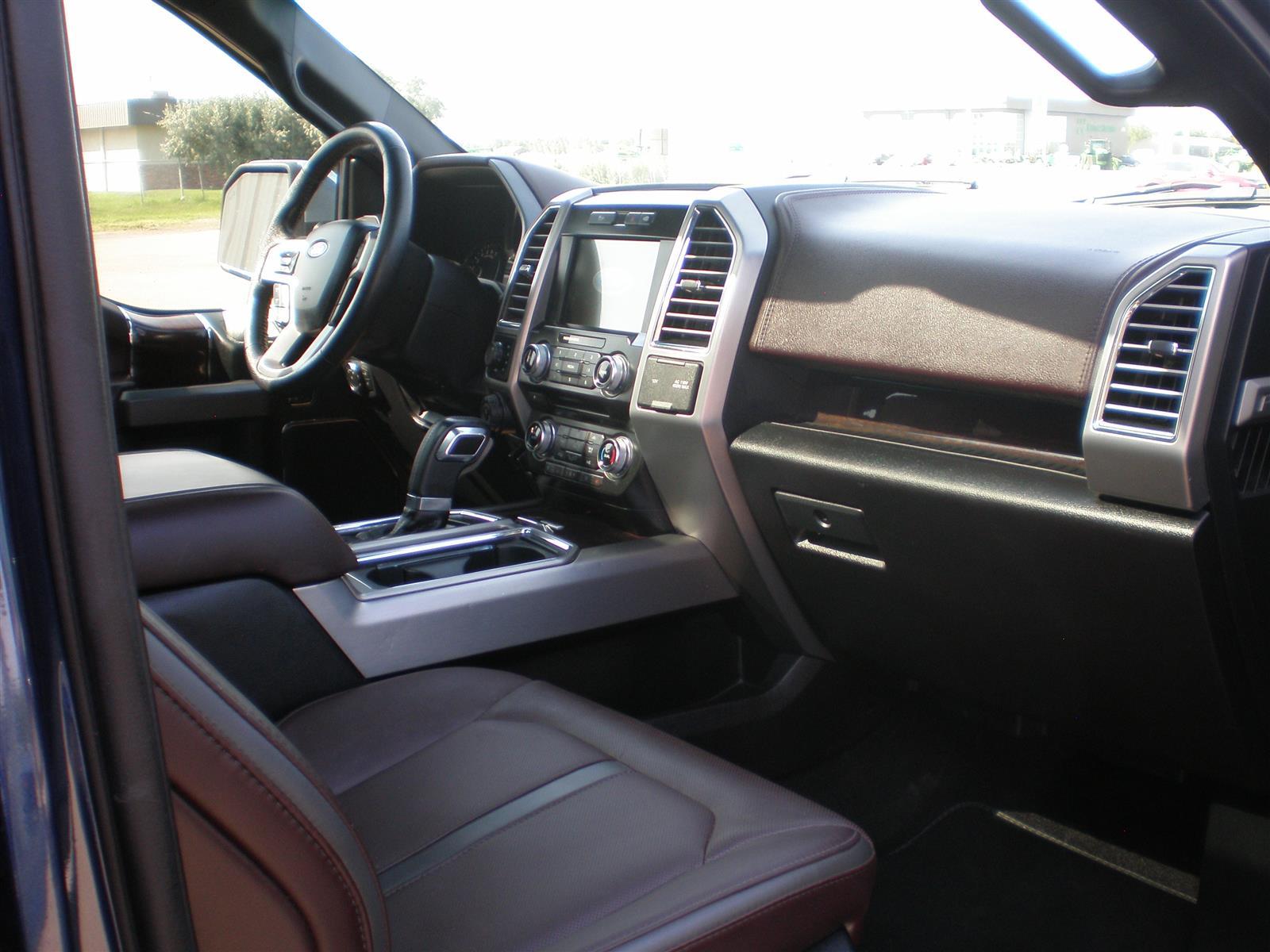 2016 Ford F-150 Platinum , 4wd , Supercrew, Nav