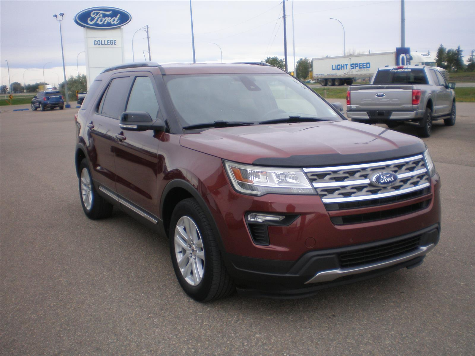 2018 Ford Explorer , XLT , 4WD, Leather Seats