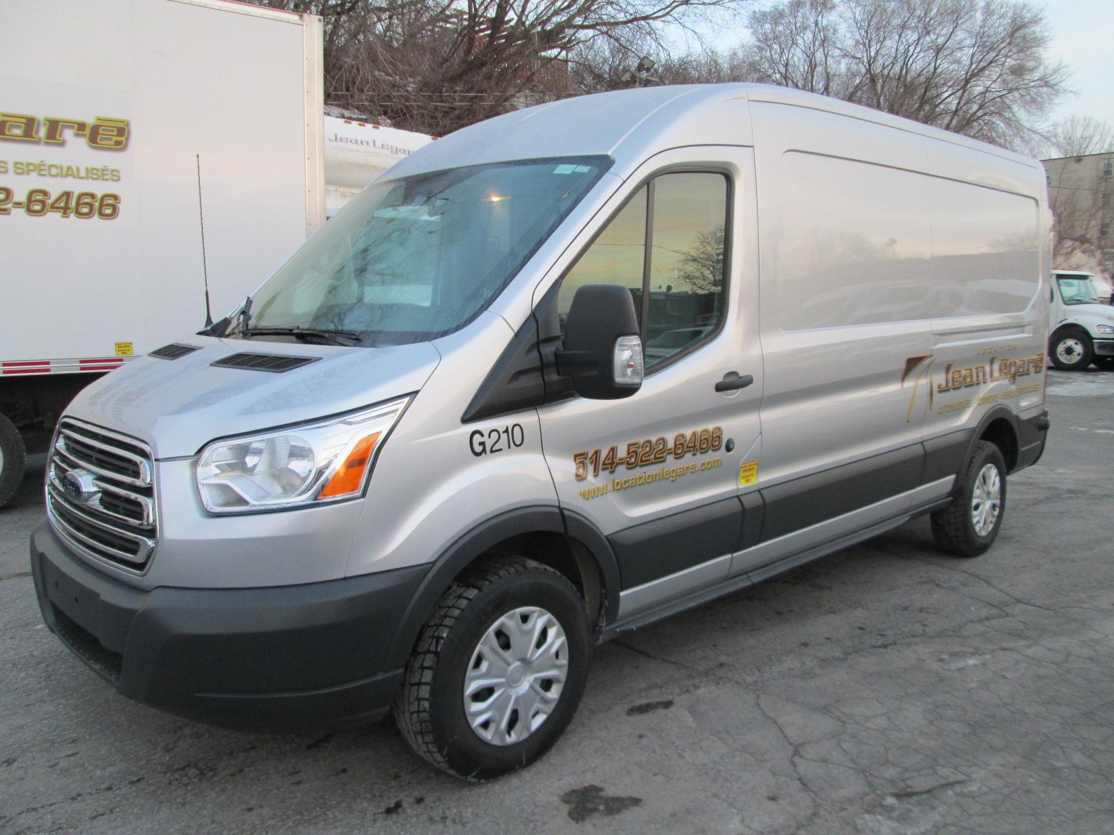 Ford  Transit T250 LONG TOIT MOYEN 2015