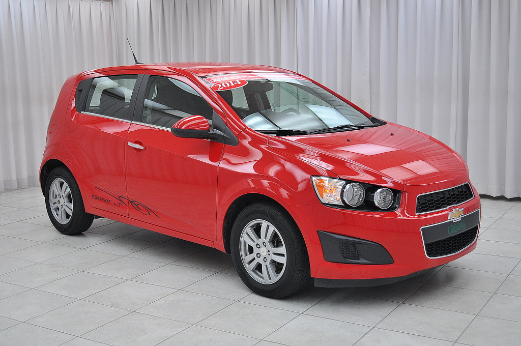 2014 chevy sonic 2014 chevrolet sonic chevy s warmed up. Black Bedroom Furniture Sets. Home Design Ideas
