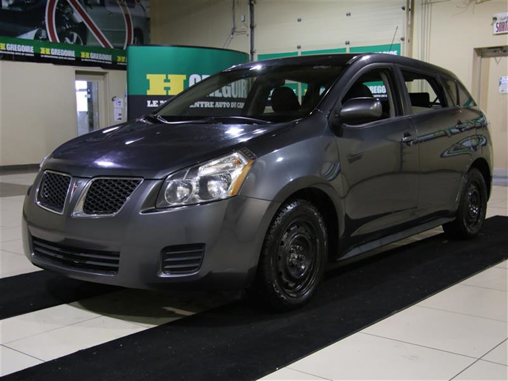 Pontiac Vibe Vs Toyota Matrix Six Of One A Half Dozen Of The Other Review 2009 Pontiac Vibe