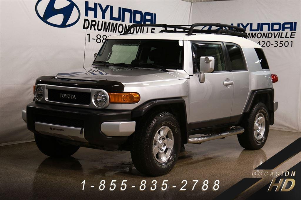 toyota fj cruiser d 39 occasion vendre autogo. Black Bedroom Furniture Sets. Home Design Ideas