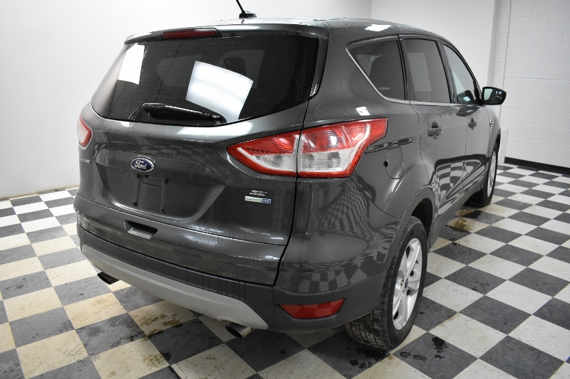2015 Ford Escape SE 4X4 - BACKUP CAM * HEATED FRONT SEATS * CRUISE