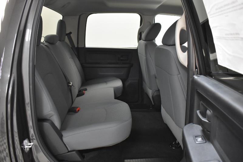 2018 Ram 1500 SXT CREW 4X4 - LOW KMS * A/C * CRUISE