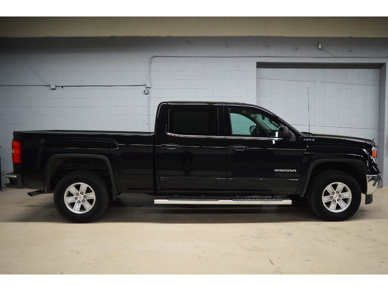 2015 GMC Sierra 1500 SLE CREW 4X4 - HEATED SEATS * SAT RADIO * LOW KM
