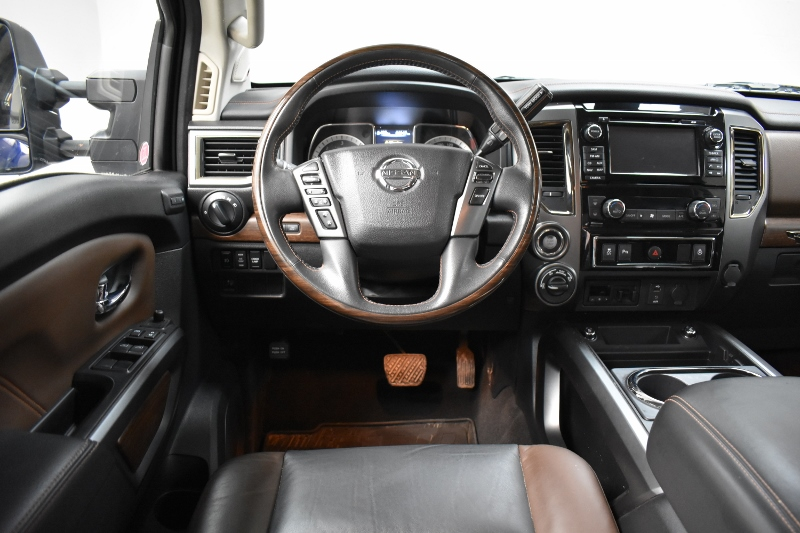 2016 Nissan Titan XD PLATINUM RESERVE CREW 4X4 - DIESEL * NAV * A/C