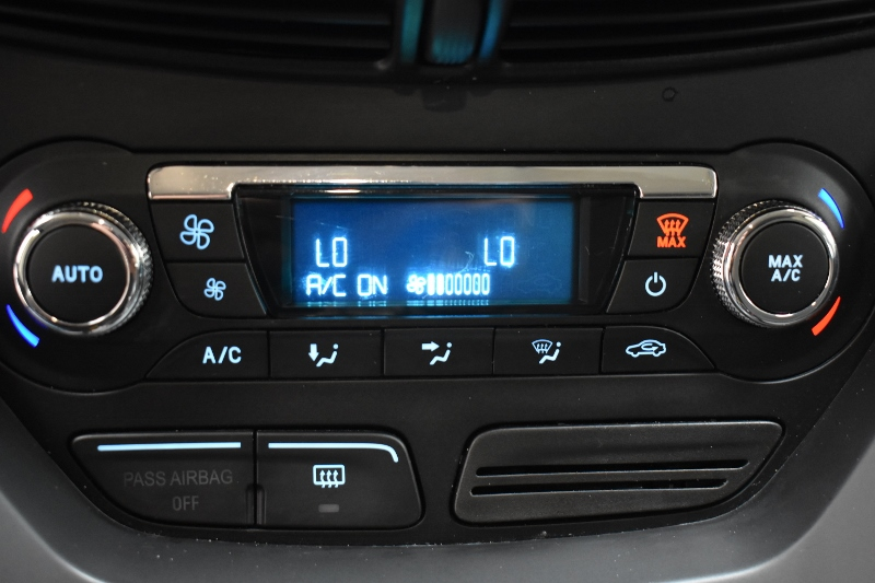 2014 Ford Escape SE - BACKUP CAM * HEATED SEATS * POWER DRIVER