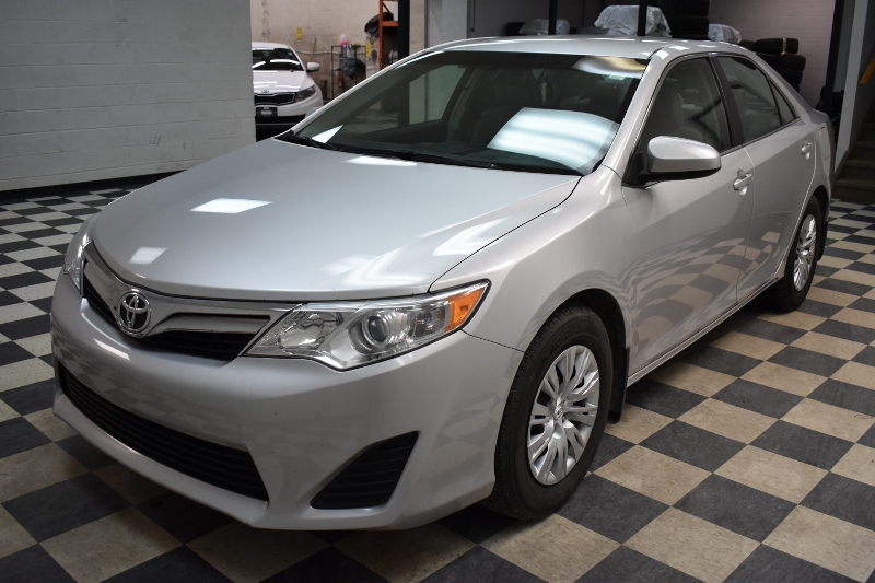 2014 Toyota Camry LE- BACKUP CAM * CRUISE * A/C
