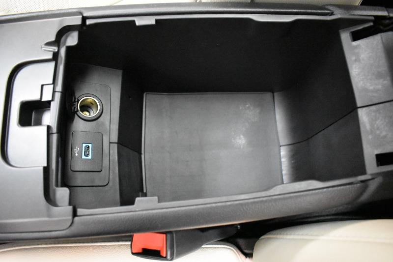 2017 Ford Fusion Titanium AWD - Backup CAM * NAV * Sunroof