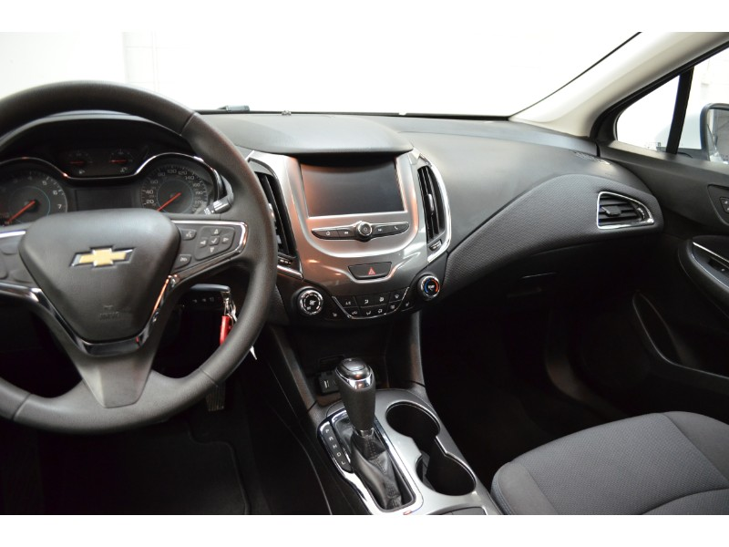 2017 Chevrolet Cruze LT - HEATED SEATS * BLUETOOTH * BACKUP CAM