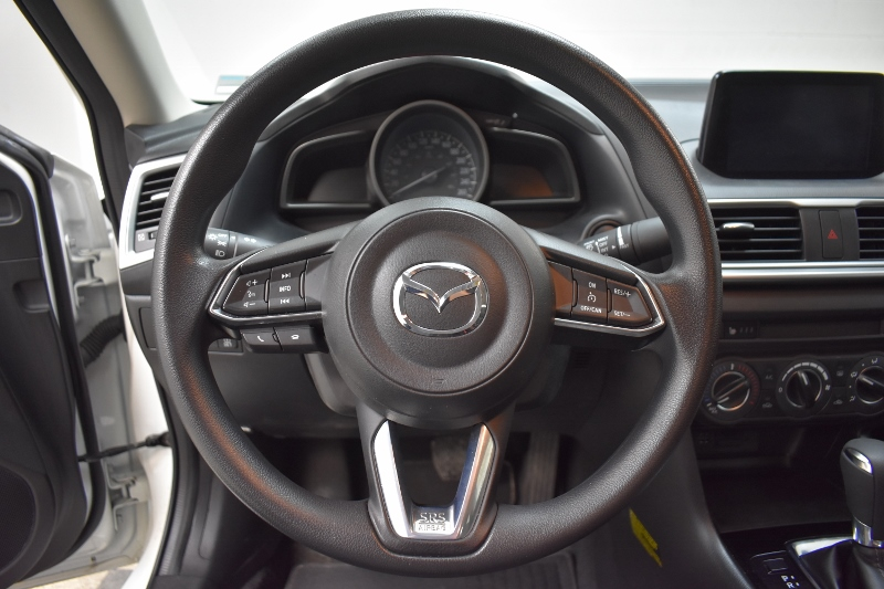 2017 Mazda Mazda3 SE - BACKUP CAM * HEATED SEATS * LOW KMS