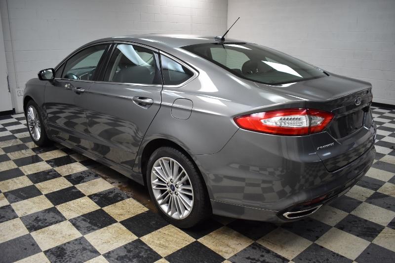 2014 Ford Fusion SE- BACKUP CAM * NAV * HEATED SEATS