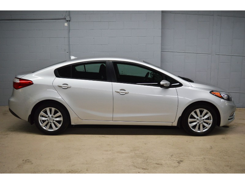 2015 Kia Forte LX+- LOW KMS * CRUISE * ALLOY WHEELS * A/C