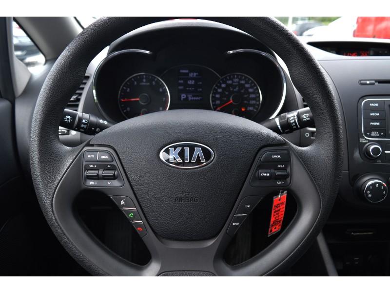 2015 Kia Forte LX +- LOW KMS * HEATED SEATS * CRUISE * A/C