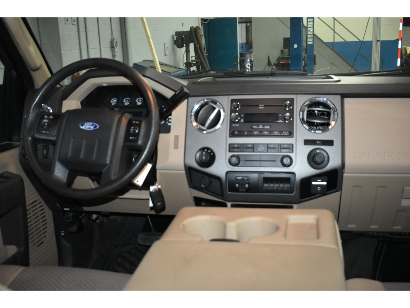 2011 Ford F-250 DIESEL with TRAILER BRAKE CONTROL
