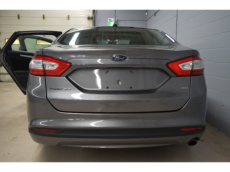 2013 Ford Fusion SE - HEATED SEATS * PWR SEATS * HANDSFREE