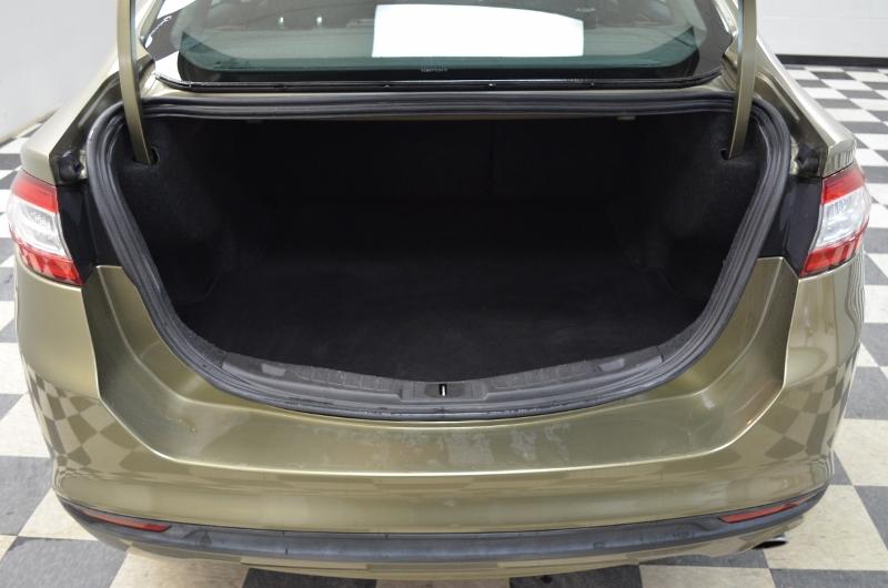 2013 Ford Fusion SE- LEATHER * SAT RADIO * HANDSFREE