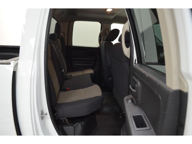 2012 Ram 1500 ST 4x2 Quad Cab-UCONNECT * SAT RADIO * HITCH RECEIVER